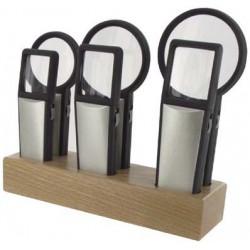 Assortiment de 6 loupes bifocales lumineuses socle bois